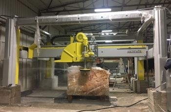 ST Marble and Granite Cutting Machine